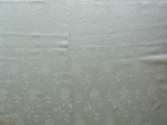 地紋の入ったシルクサテンのベッドカバー L210×W200cm gf-083