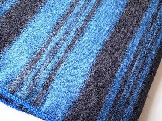 19Cオランダ民族衣装のスカート地 W83×45cm gli-0072