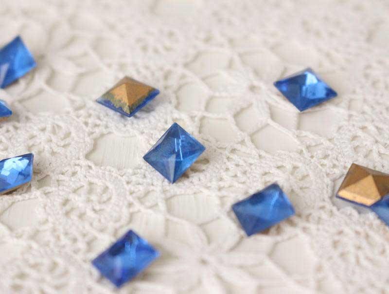 アクセサリーガラスパーツ ブルー2小セット 4×4mm gs-979