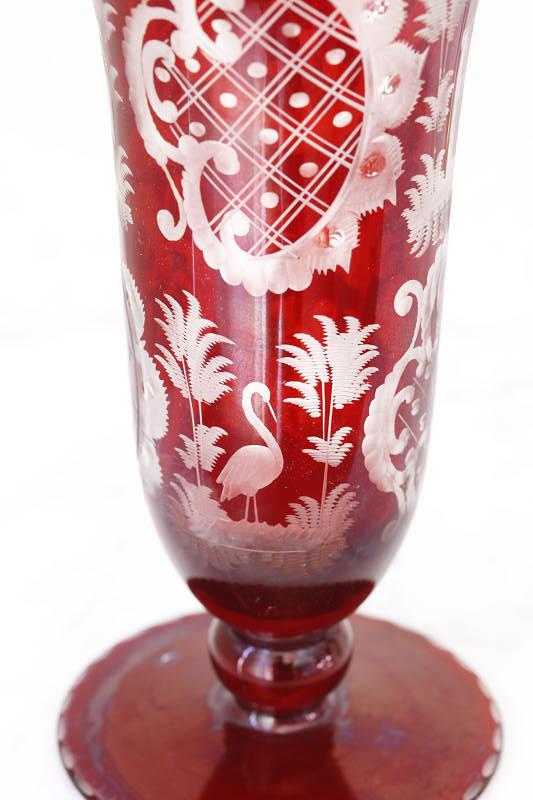 チェコのボヘミアングラスのグラヴィール花器 リス&ツル&小鹿 H18.5cm gc-563