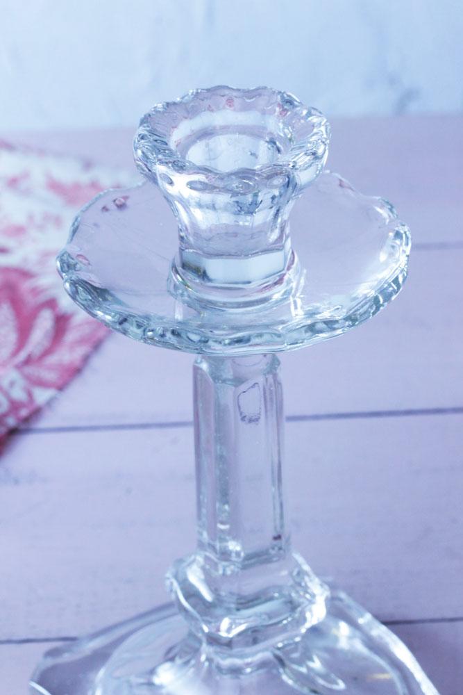 アールデコのプレスガラスのキャンドルスタンド H18cm gk-412
