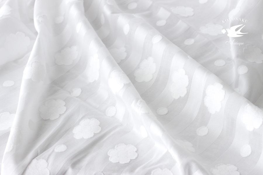 ヴィンテージのシースルーのお花が織り込まれたコットンファブリック 90×50cm gf-537