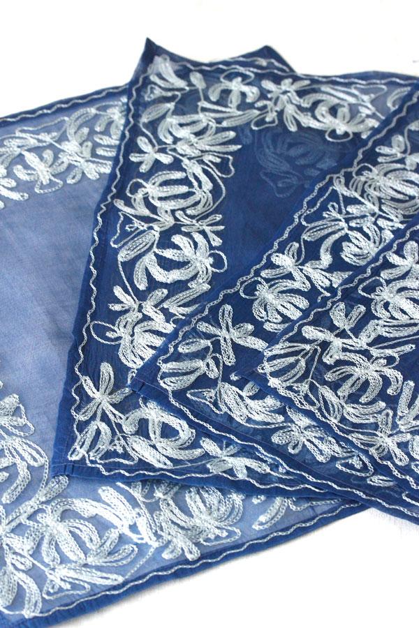 ヴィンテージコットンオーガンジーにハンド—ワーク刺繍のテーブルクロス&ナプキンセット5枚セット ge-715