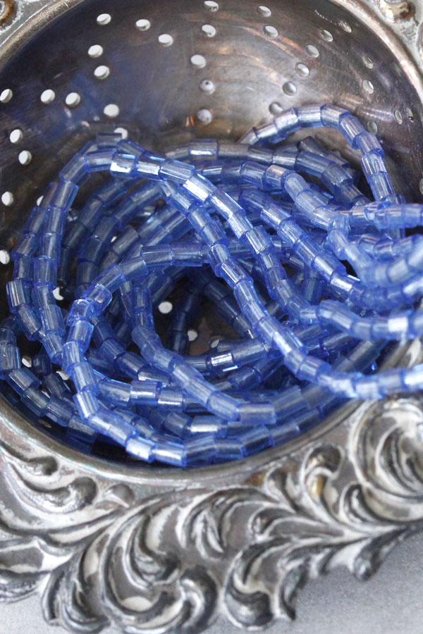 ヴィンテージガラスビーズ ブルー9g gs-1139