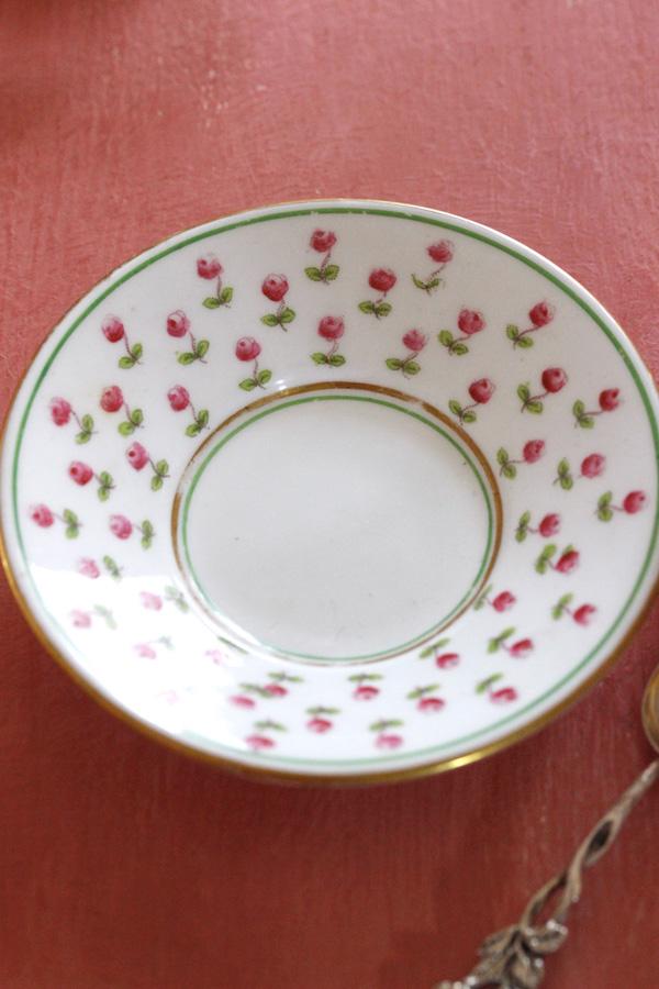 イギリスのCRESCENTの薔薇のデミタス1930-40年代頃 gc-684