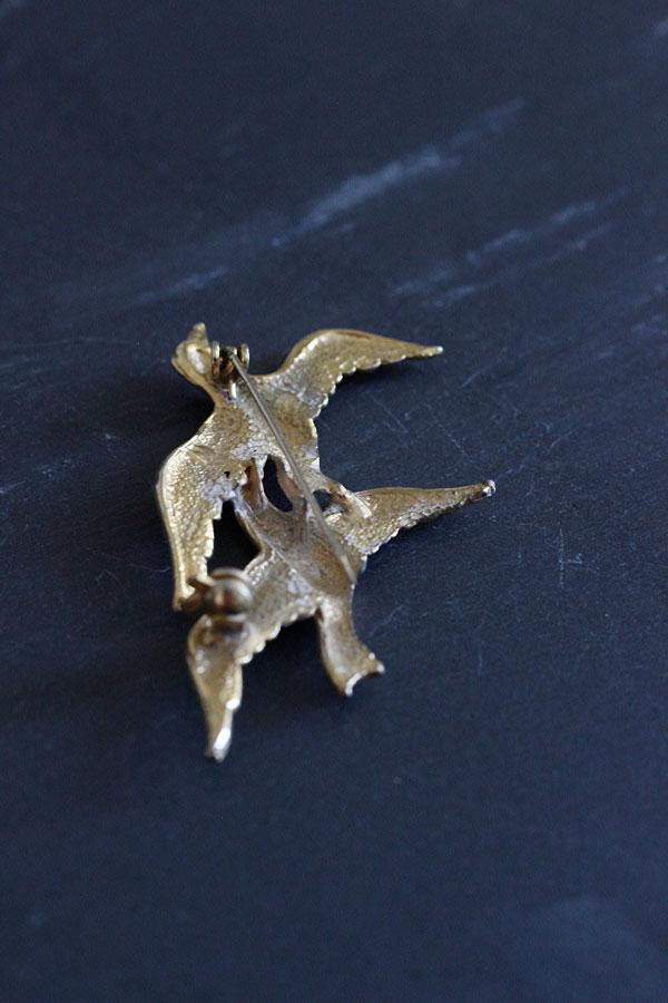 ヴィンテージゴールドメタル ペアの鳥のブローチ ga-690