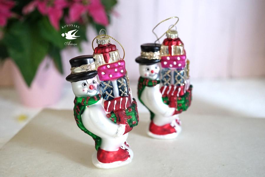 ドイツのクリスマスガラスオーナメントプレゼントを配るスノーマンH11cm gx-407