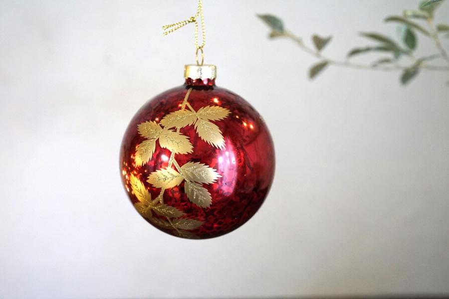 リバティのクリスマスガラスオーナメントレッドにアンティークゴールドリーブW8cm gx-413
