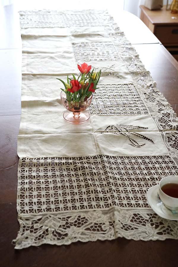 アンティークカットワーク刺繍とニードルレースのリネン168×51cm ge-755