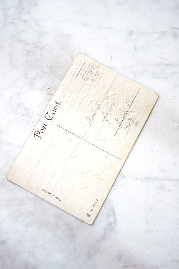 アンティークポストカードユリの花を持ったうさぎたち gh-205