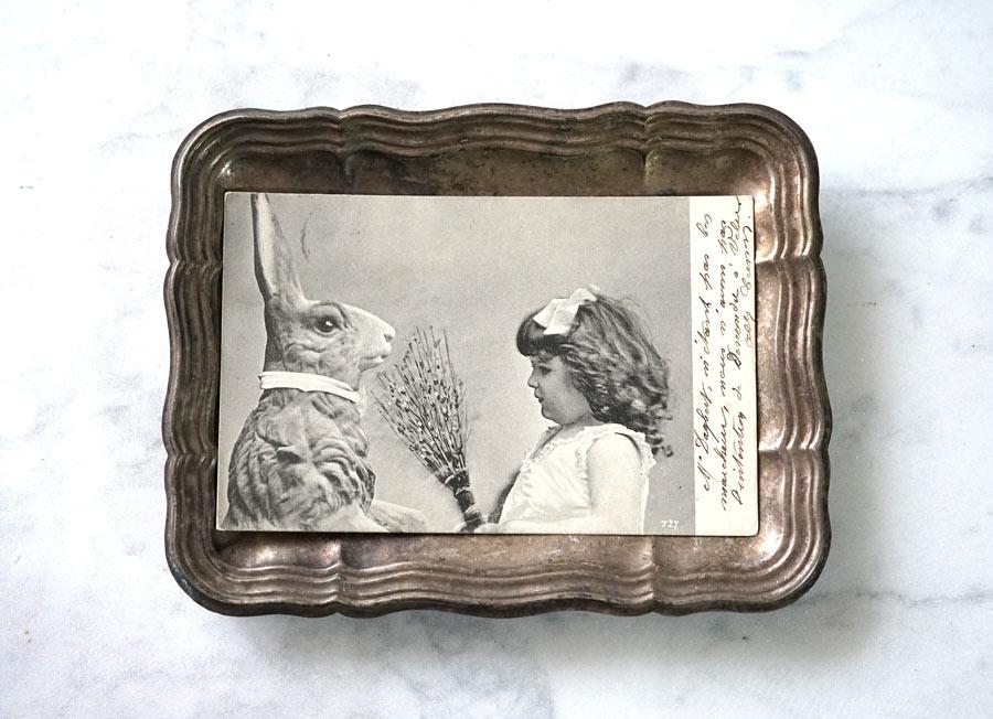 アンティークポストカードうさぎと女の子 gh-209