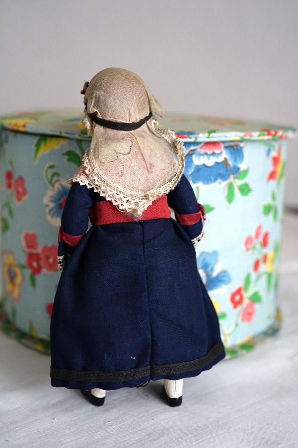 フランスのセルロイドドール エプロンの少女18cm gt-811