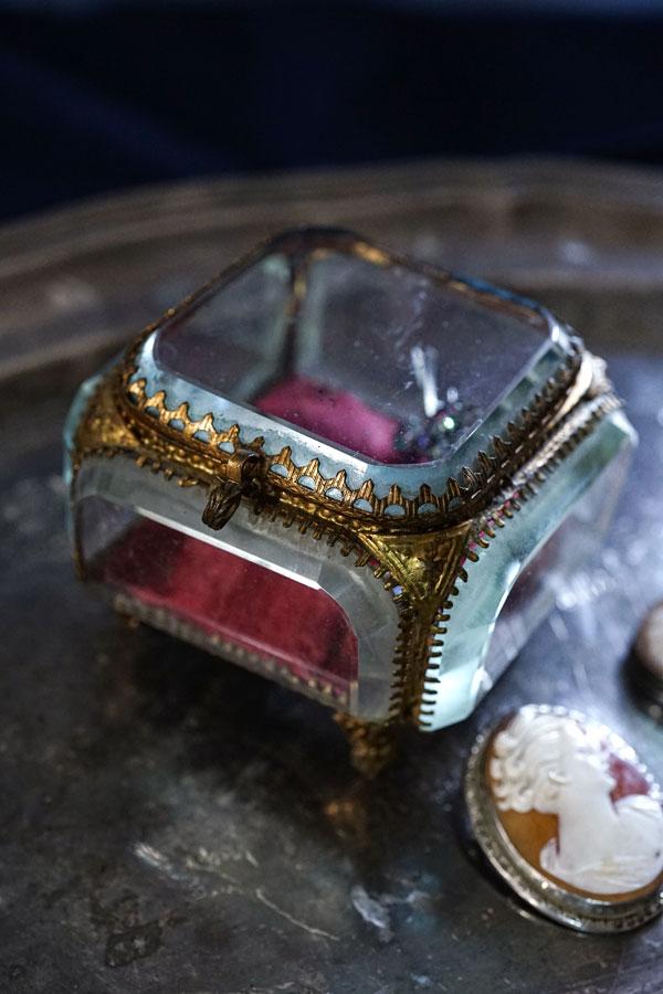 アンティークフレンチガラスジュエリーボックス ga-816