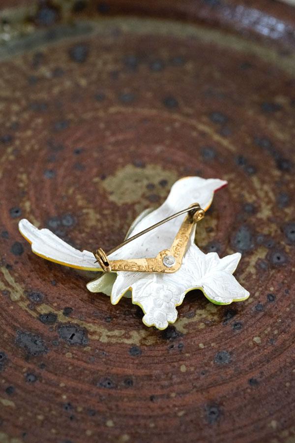 ヴィンテージメタルにエナメルの鳥のブローチ ga-822