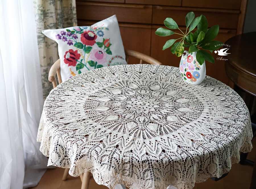 アンティーク生成り色の手編み円形テーブルレース84cm gla-1101