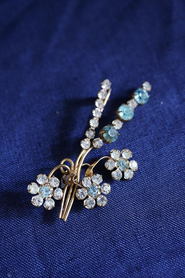 ヴィンテージガラスストーンのお花のブローチ ga-833