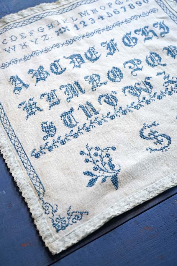 イギリスのアンティーク刺繍サンプラー39×38cm 19C後半 ge-799