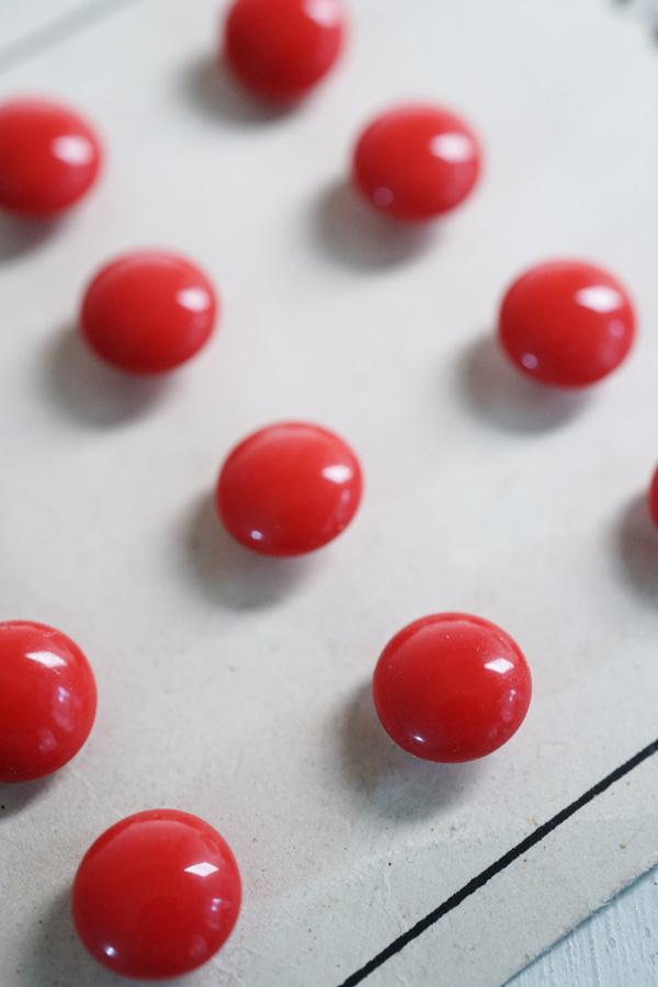 赤のガラスボタン4個セット10mm gs-1293