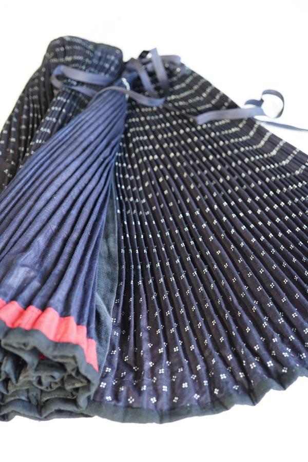 ハンガリー古い藍染の民族衣装スカート1930年代頃 gd-193