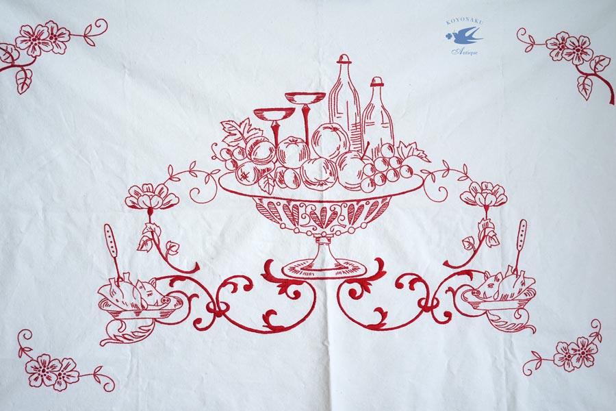 ハンガリーの刺繍のコンポートのフルーツや豚の丸焼きの棚飾りge-816
