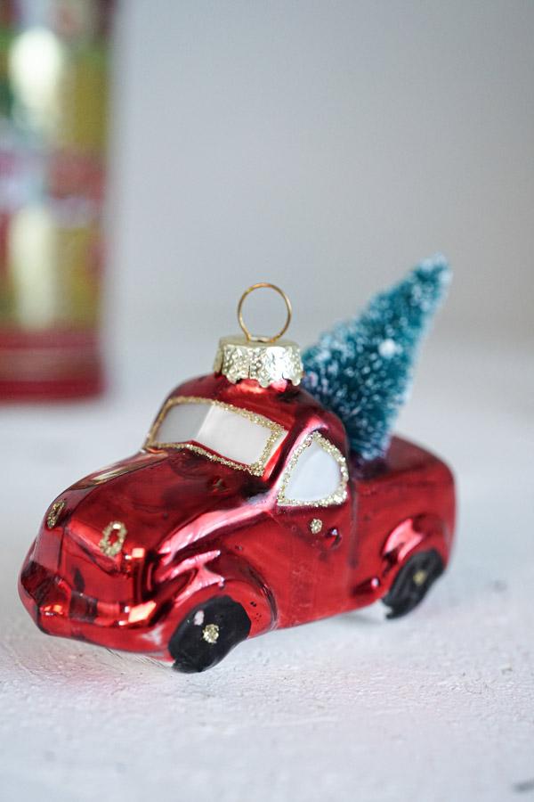 赤いトラックでツリーの準備 リバティクリスマスオーナメントgx-447